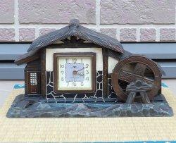 画像1: 東京時計・水車のある家・昭和30年代オルゴール付置き時計(春雨)・欠陥もあり