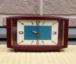 画像1: 東京時計・昭和30年代ベル付き手巻き・小豆色(ワインレッド)のケースがお洒落